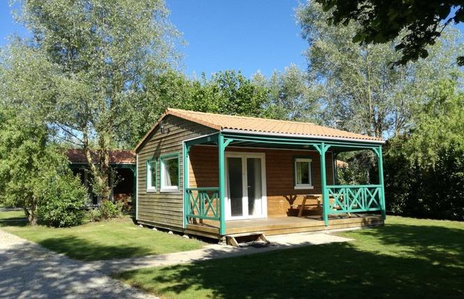 Camping LES CHARMES 35 - Apremont