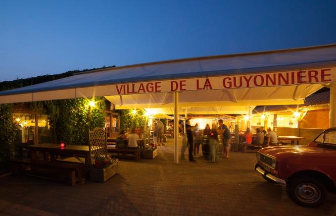Camping VILLAGE DE LA GUYONNIERE 37 - Saint-Julien-des-Landes