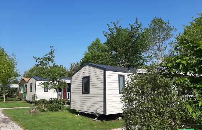 Camping LES CHARMES 31 - Apremont