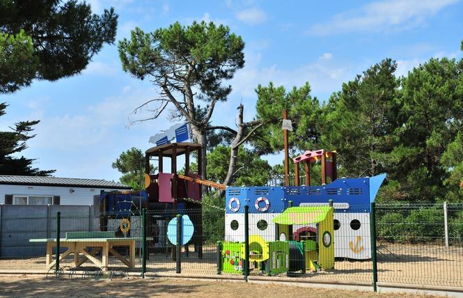 Camping LE CLOS DES PINS 8 - Saint-Hilaire-de-Riez