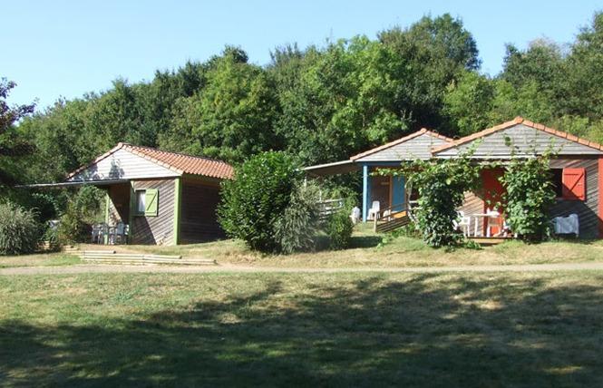 Camping LE HAMEAU DU PETIT LAY 6 - Mouchamps
