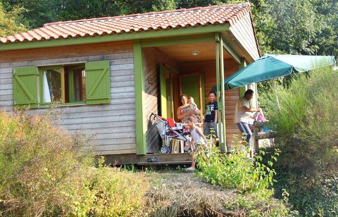 Camping LE HAMEAU DU PETIT LAY 5 - Mouchamps