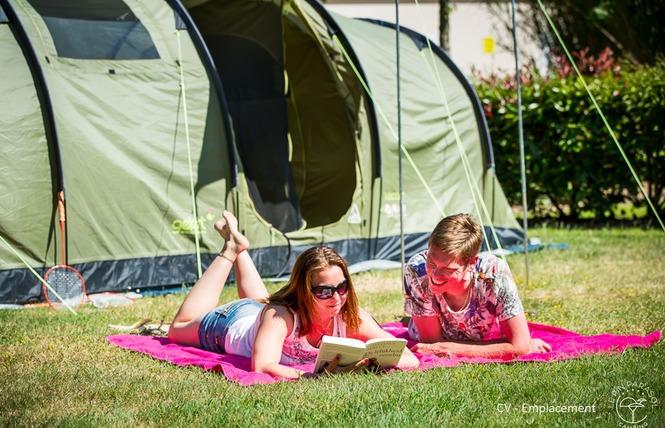 Camping Yelloh! Village LE PIN PARASOL 7 - La Chapelle-Hermier