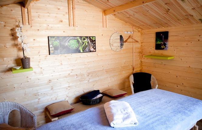 Camping LE PETIT ROCHER 18 - Longeville-sur-Mer