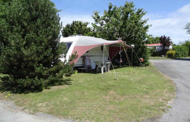 Camping LE ROUGE-GORGE 9 - Saint-Laurent-sur-Sèvre