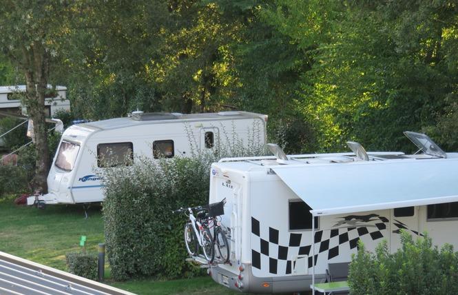 Camping AU BOIS DU CE 9 - Chambretaud
