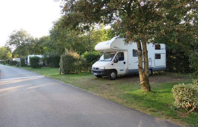 Camping AU BOIS DU CE 8 - Chambretaud