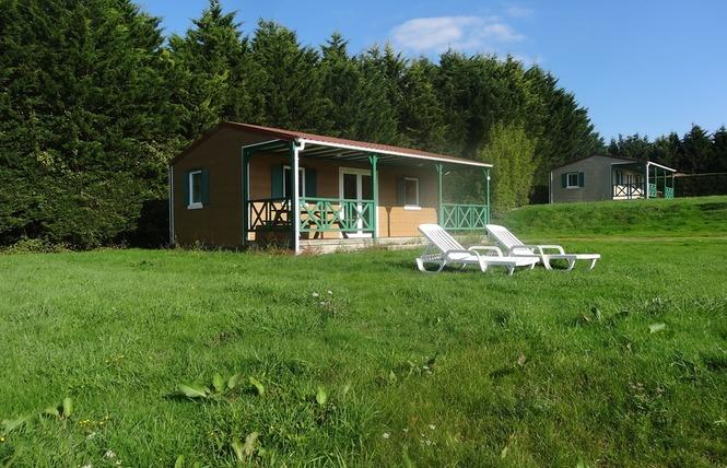 Camping VILLAGE DE LA GUYONNIERE 18 - Saint-Julien-des-Landes